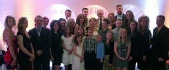 family video thanksgiving hours donoli u0027s restaurant u0026 banquets