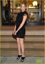julianne moore u0026 jessica alba stun at ralph lauren show photo