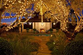 Lights For Backyard by How To Decorate Your Yard For Autumn Entertaining