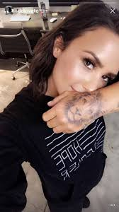 demi lovato says she didn u0027t copy justin bieber u0027s tattoo