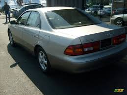 lexus es300 back 1998 cashmere beige metallic lexus es 300 26935764 photo 3