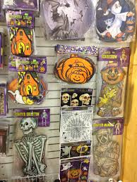 90 S Decor The Holidaze Halloween Superstore