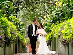 Discount Tickets To Atlanta Botanical Gardens Atlanta Botanical Garden Wedding Venue Outdoor Here Comes The Guide