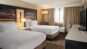 hotels with 2 bedroom suites in denver co doubletree denver hotel stapleton north