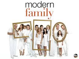 modern family thanksgiving amazon com modern family season 8 amazon digital services llc