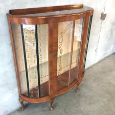 antique curio cabinet with curved glass curved glass curio cabinet pulaski antique for sale oak sanalee info