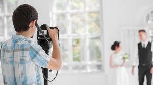 wedding photographer essential equipment for beginner wedding photographers expert