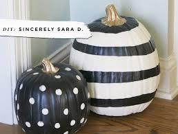 pumpkin black and white pumpkin black u0026 white pumpkins no carve ideas u2022 little gold pixel