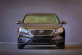 hyundai sonata us us buyers aren t buying 2015 hyundai sonata s more conservative looks