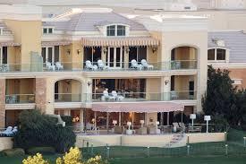 www home a look at the wynn resorts duplex villa steve wynn calls home