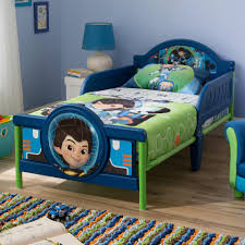 disney junior miles from tomorrowland 3d toddler bed toys