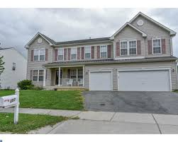 homes for sale with in law au pair suite in new castle county delaware
