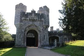 arundel castle toothbrush travels