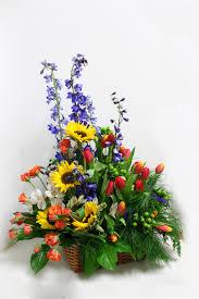 how to make a casket spray sympathy flowers