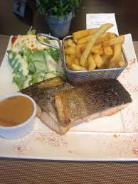 cuisine au grill pave de salmon with pepper sauce picture of au grill calais