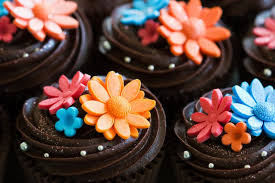 47 beautiful fondant cupcake toppers that will leave you in awe