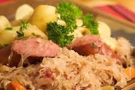 cuisiner choucroute cuite choucroute alsacienne facile au thermomix recette thermomix