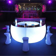 mobilier de bistrot fiesta barra bar lumineux vondom mobile bar furniture