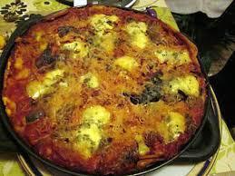 cuisiner les orties pizzas aux orties trouvée sur faim de loup et curieux et autres