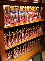 christmas at tokyo disney resort part 2 disneyland u0027s decorations
