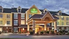 Comfort Inn Lincoln Alabama Comfort Inn Lincoln Tourist Class Lincoln Al Hotels Gds