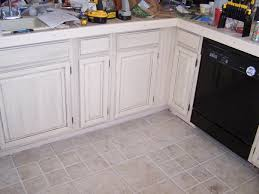 Glaze Over Painted Cabinets Diy Painting And Glazing Kitchen Cabinets Installing The Glazing
