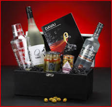 liquor gift baskets send liquor liquor baskets
