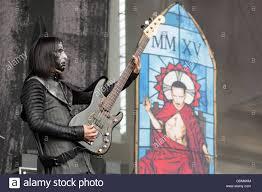 toyota usa news chicago illinois usa 17th july 2016 bassist twiggy ramirez of