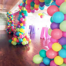 balloon delivery minneapolis 231 best balloon decorations images on balloons