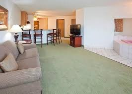Comfort Inn And Suites Bloomington Mn Suitesspecialtyrooms4 Jpg