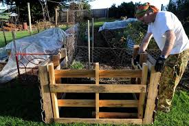 Advantage Of Raised Garden Beds - 7 tips for improving the garden soil in your raised garden beds