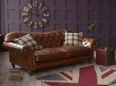 The Chesterfield Sofa Company The Barrington Vintage Chesterfield Sofa Has A Fully Sprung Seat
