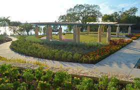 Botanical Gardens Dallas by Dallas Arboretum Debuts