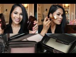 hourglass ambient lighting powder review hourglass ambient lighting powders review and demonstration