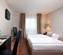 Single Hotel Bedroom Design Hotel Rooms Tryp By Wyndham Munich North Hotel