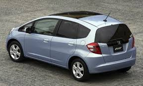 Best Affordable Car Interior Honda Fit Reviews Honda Fit Price Photos And Specs Car And