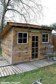 Diy Garden Shed Design by The 25 Best Small Shed Plans Ideas On Pinterest Building A Shed