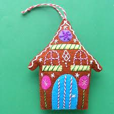 gingerbread a free felt christmas ornament pattern shiny happy