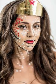 diy wonder woman costume with pop art makeup tutorial halloween