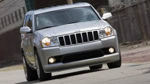 2006 jeep grand cherokee srt8 introduction with 420 hp on tap