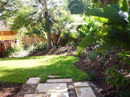 Ideas For Landscaping by Small Simple Backyard Ideas On A Budget Best House Design