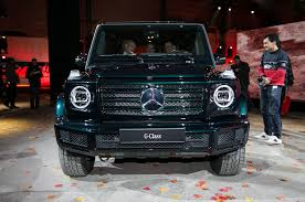 the all new 2019 mercedes benz g550 debuts in detroit cuts down