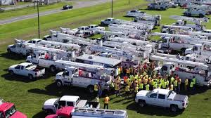 florida power light florida power and light prepares a restoration force to deal with