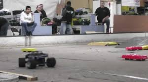 monster truck racing youtube rc monster truck racing 2013 winter wars 2 rc madness youtube