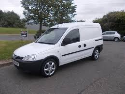 opel combo 2004 vauxhall combo 1 3 cdti diesel brilliant white van 2005 bargain