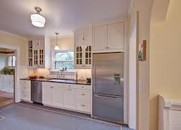 la cuisine du placard cuisine placard mural cuisine avec violet couleur placard mural