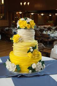 Halloween Round Cake Ideas by Best 25 Yellow Round Wedding Cakes Ideas On Pinterest Simple