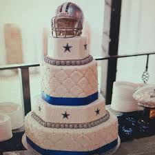 cowboy wedding cake toppers dallas cowboys wedding cake