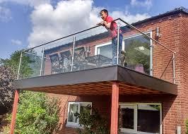 post glass balcony railing
