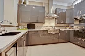 Full Quartz Backsplash Kitchen Traditional With Kitchen Cabinets - Quartz backsplash